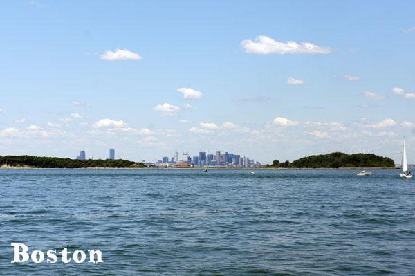 Boston, de loin