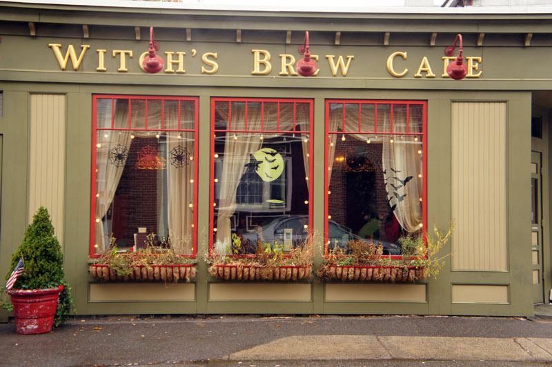 Witch Brew Café, Salem