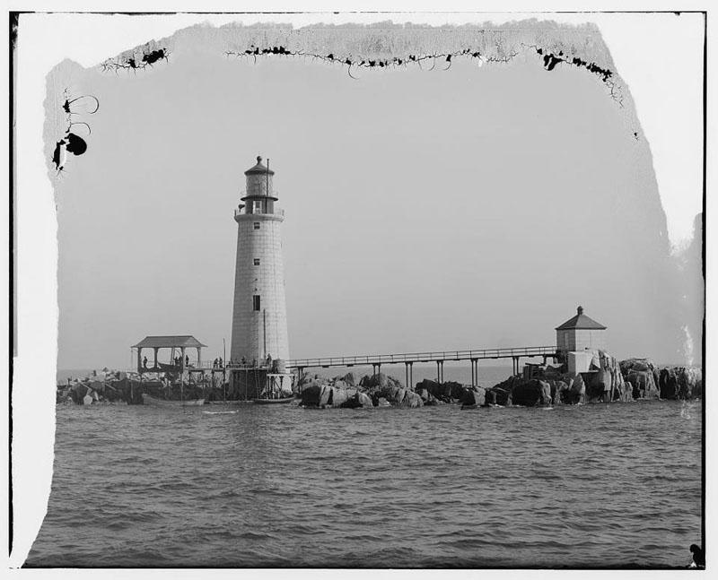 Dirty Old Boston - Boston Harbor lighthouse