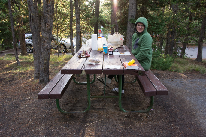 Camper à Yellowstone - table de pique-nique