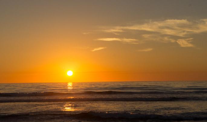 Couchers de soleil spectaculaires sur le pacifique le - A quelle heure le soleil se couche t il ...