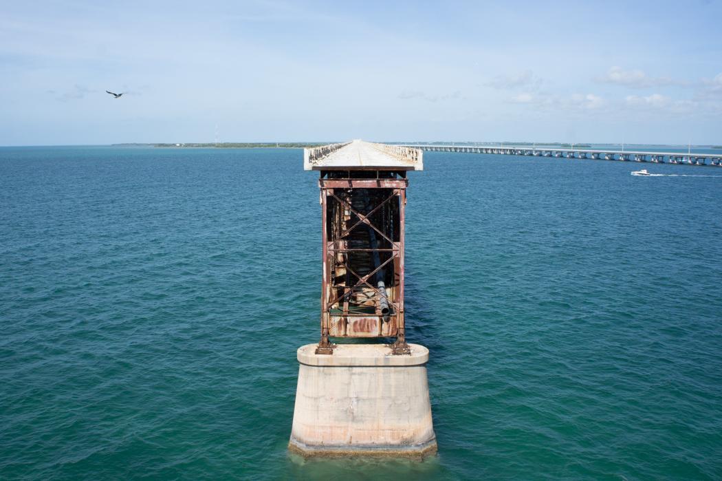 Le pont coupé, au-dessus de l'eau Bahia Honda Bridge