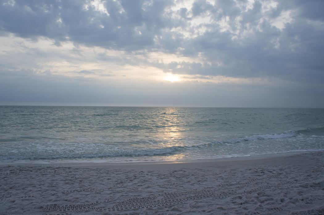 Coucher de soleil sur le plage de Naples, Floride