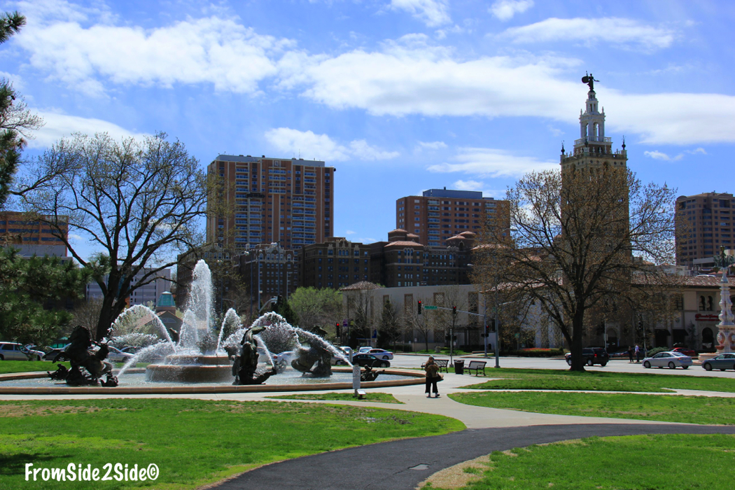 KCMO_Plaza - From side to side