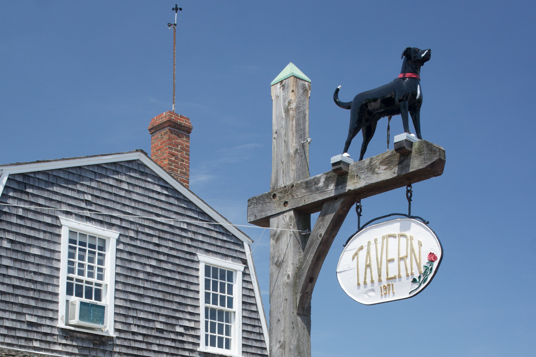 Black Dog Tavern Martha's Vineyard