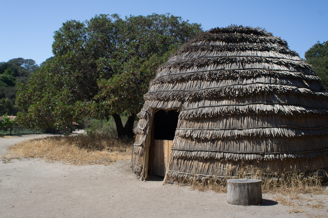 Hutte de Chumash Purisima Mission Californie