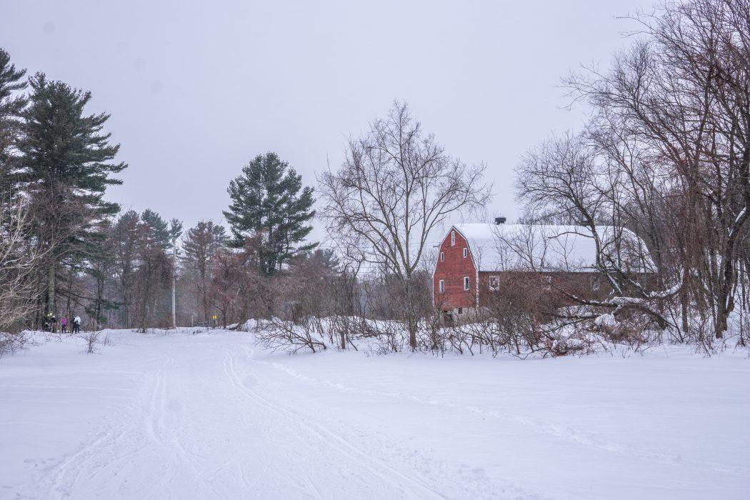 cross country grange qui fait Nouvelle Angleterre