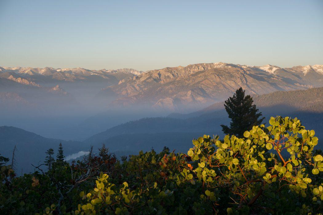 sequoia national park californie coucher de soleil sur la sierra nevada