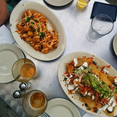 Serveuse Fast Food