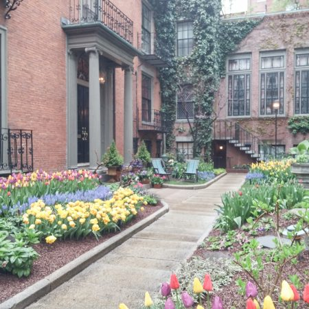 Visiter Boston - jardin de beacon hill