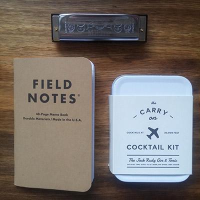 cadeaux anniv field notes cocktail trip harmonica