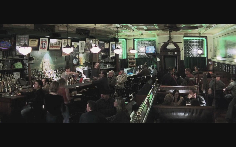 McGills_bar