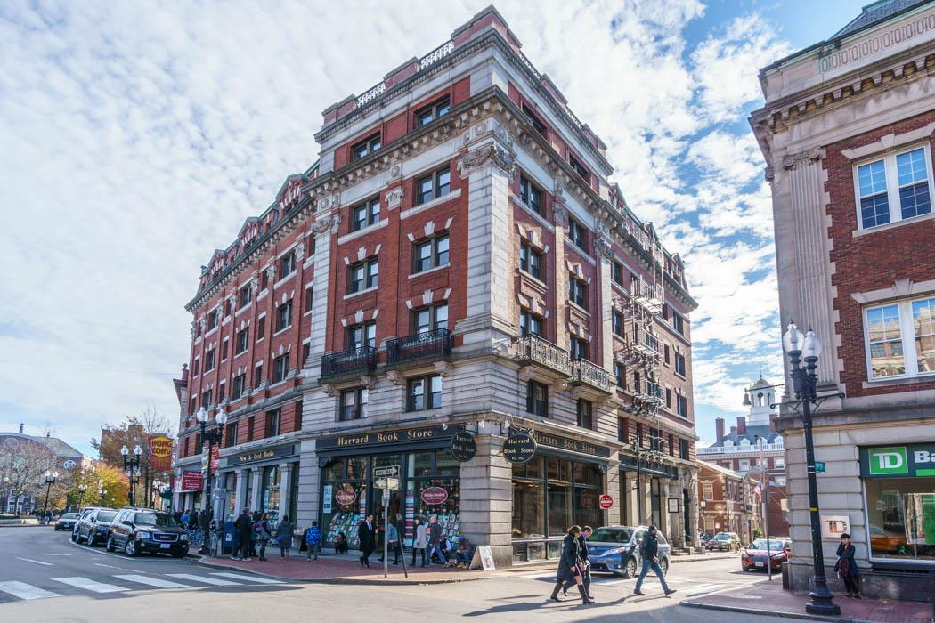 Bookstores librairies papeteries Boston-9